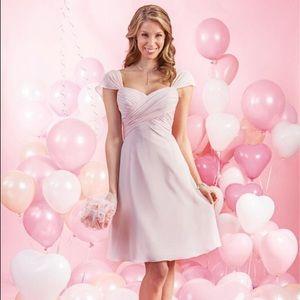 Bridesmaid chiffon short dress like new.